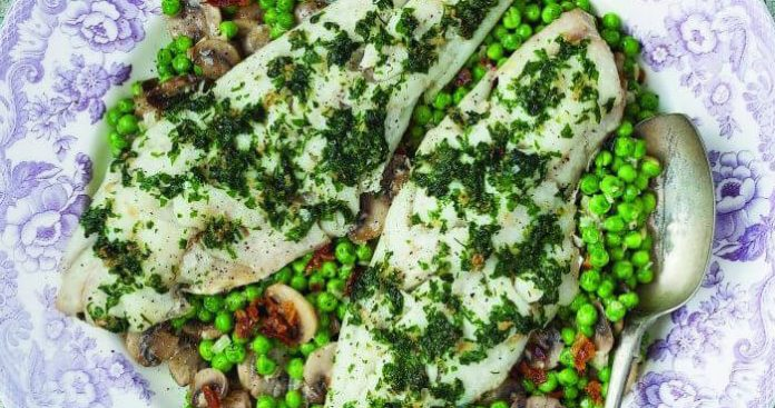 Baked fish with peas Easy Food