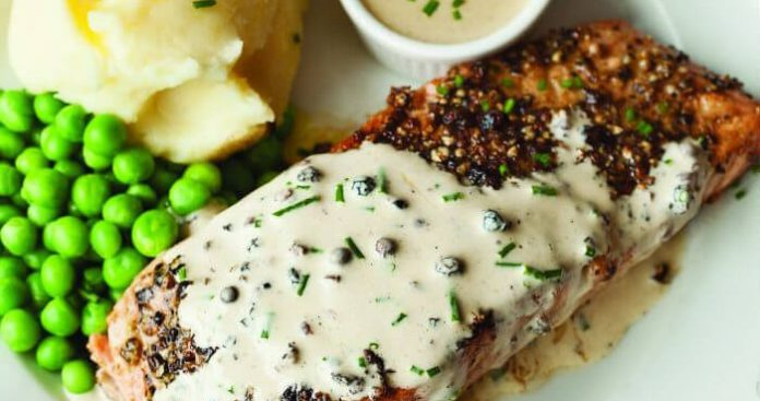 Peppered salmon with whisky cream sauce Easy Food