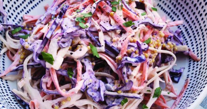 Crunchy coleslaw Easy Food