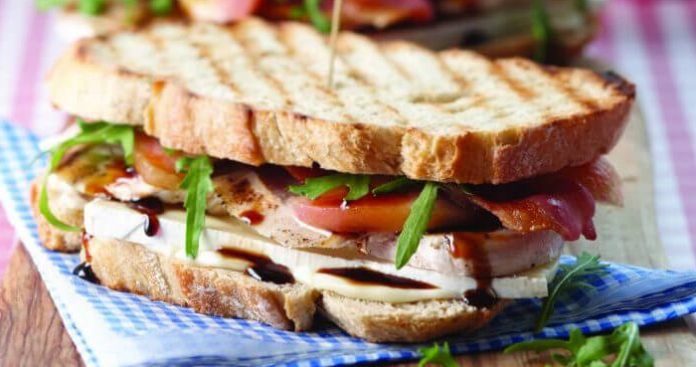 Summertime club sandwich Easy Food