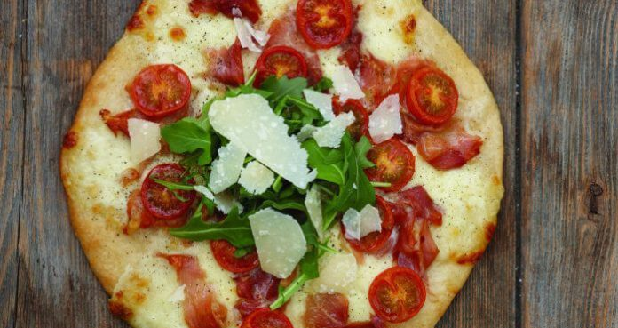 Homemade pizza Easy Food