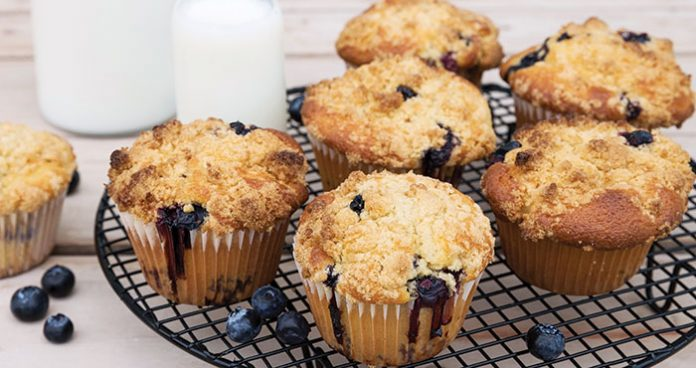 Blueberry streusel muffins Easy Food