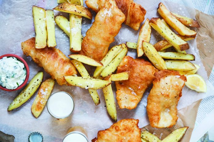 Battered fish and chips Easy Food