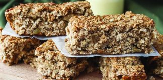Apple crumble flapjacks Easy Food