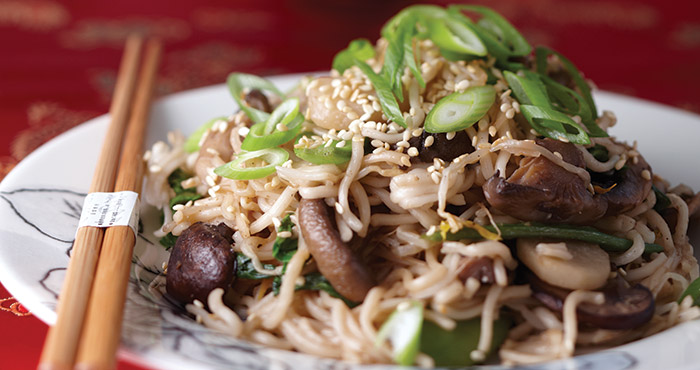 Vegetable chow mein Easy Food