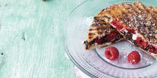 Toasted raspberry sandwiches Easy Food