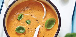 Tomato soup with caprese croutons Easy Food