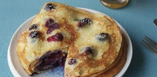 Blueberry pancakes Easy Food