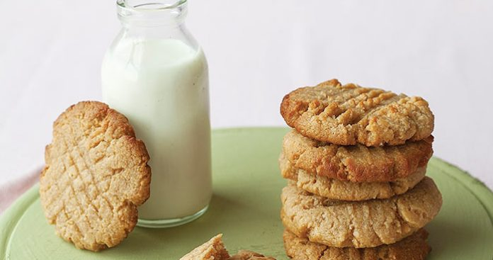 Peanut butter cookies Easy Food