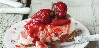 Saucy strawberry cheesecake Easy Food