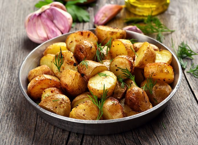 Lemon roast potatoes Easy Food