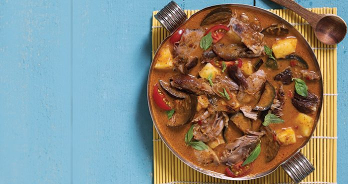 Duck red curry | Easy Food