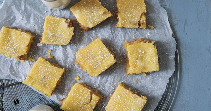 Lemon and almond bars | Easy Food