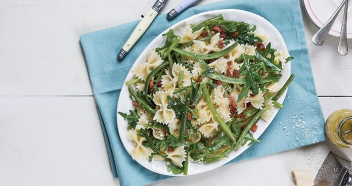 Lemon, bacon and green bean pasta salad | Easy Food