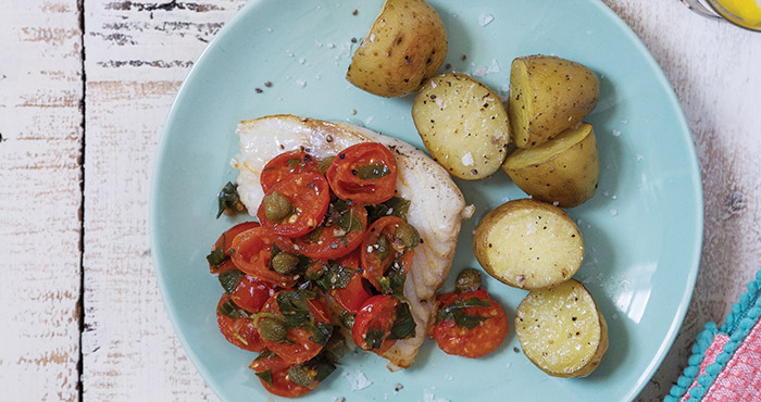 Pan-fried fish with tomatoes and capers | Easy Food