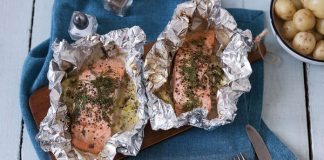 Salmon and leek parcels Easy Food