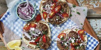 Mediterranean steak patty pittas | Easy Food