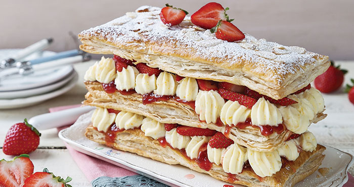 Easy strawberry millefeuille | Easy Food