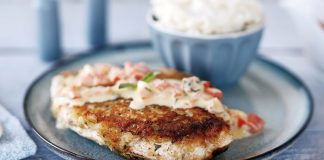 Breaded chicken with mash and basil cream sauce