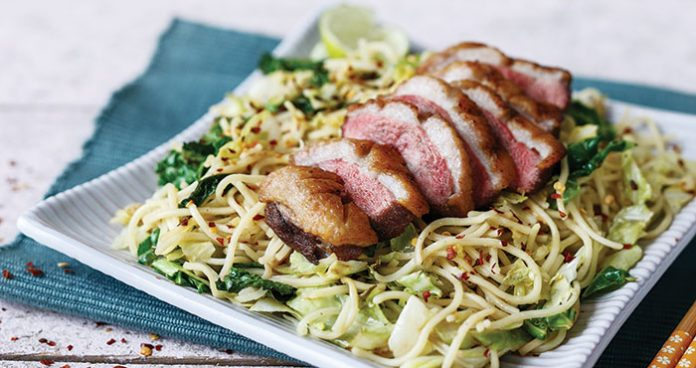 Duck with stir-fried cabbage and noodles Easy Food