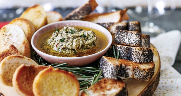 Garlic and herb olive oil party dip