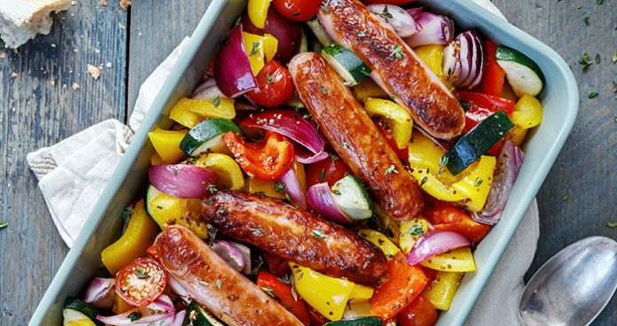 One-pan roasted sausages and summer vegetables Easy Food