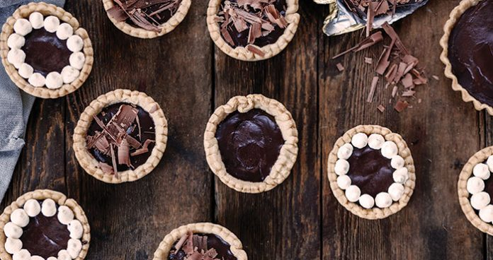 Spiced dark chocolate tartlettes Easy Food