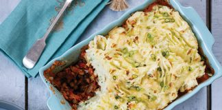 Veggie cottage pie with cheesy champ topping