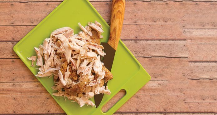 Poached shredded chicken East Food