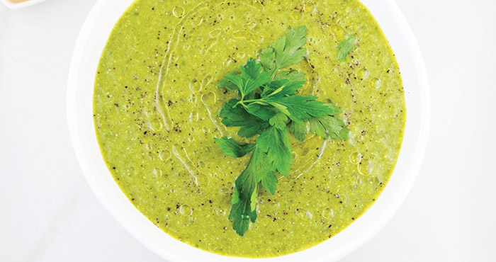 Kale, edamame and ginger soup Easy Food