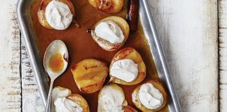 Roasted pears with cinnamon Mascarpone - Easy Food