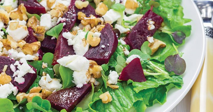 Beetroot and goat's cheese salad Easy Food
