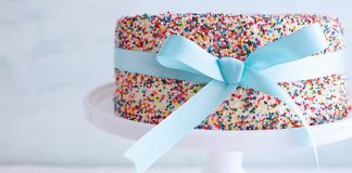 Sprinkle cake Easy Food