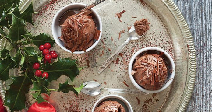 Frozen chocolate mousse Easy Food