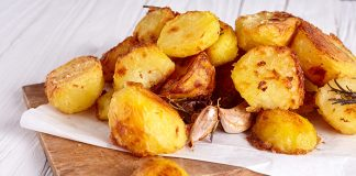 Crispy roast potatoes