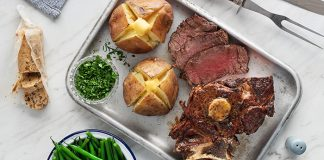 Rib roast with caramelised onion butter