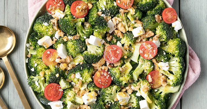 Broccoli, Feta and tomato salad easy food
