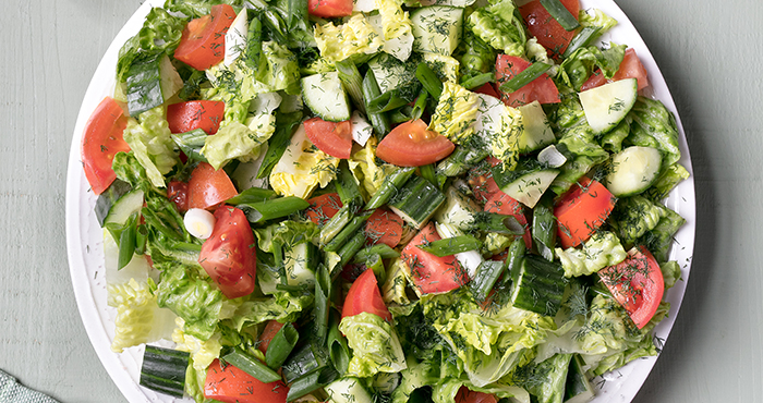 Fresh and easy leafy salad easy food