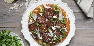 onion, tarte, tatin, gluten-free, caramelised, easy dinners, goats cheese, delicious, healthy