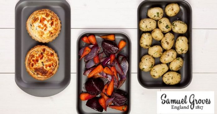 Win Samuel Groves baking trays_easyfood