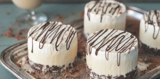 Frozen mocha Baileys cheesecakes easy food
