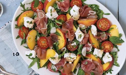 Tomato, peach, prosciutto and goat's cheese salad_easyfood_summer