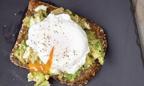 Healthy snacks_perfect poached eggs_easyfood
