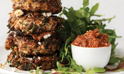 Kale and quinoa fritters with mozzarella_healthy snacks_easyfood