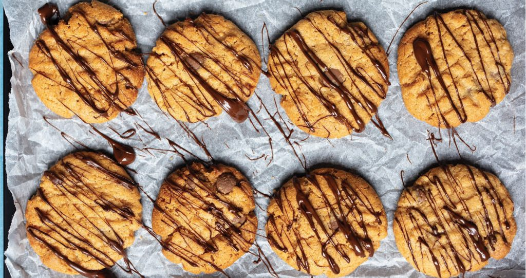 peanut butter chocolate chip cookies 5 ingredient