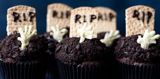 RIP cupcakes halloween easy food