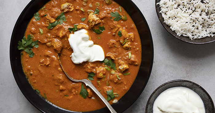 Spicy chicken yoghurt curry Easy Food 153