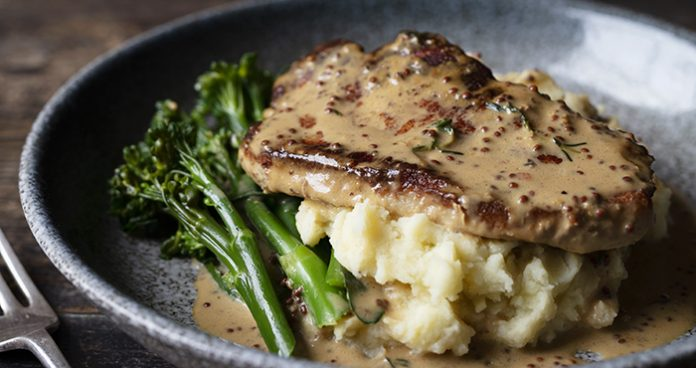 Pork_Chop_Apple_Mash