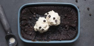 Chocolate and coffee puddings