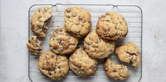 NYC New York style chocolate chip cookies Easy Food